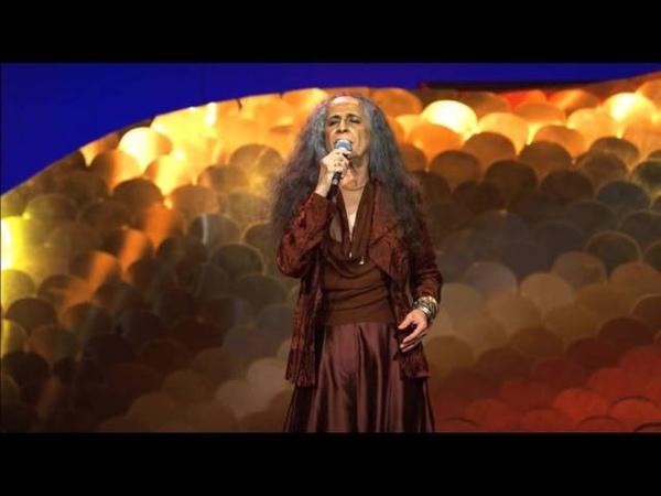 Maria Bethânia - 26º Prêmio da Música Brasileira - Abertura (Carcará, O Quereres e Fera Ferida)
