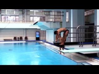 Diving vs. Weighlifting with Lü Xiaojun & Chen Aisen - Sports Swap.mp4