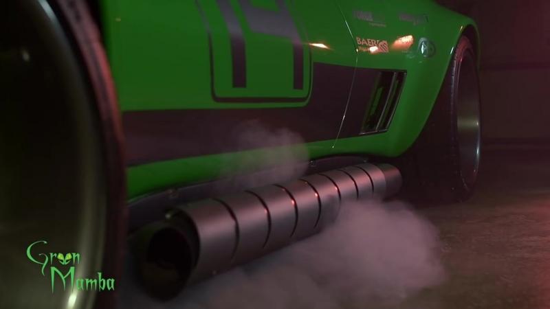 Green Mamba построенный на шасси Corvette 1968 года