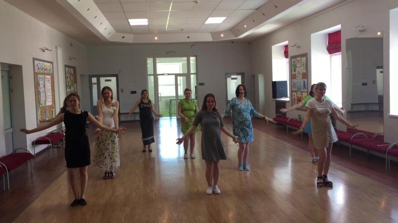 Пузатики танцуют