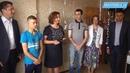Глава Ивантеевки вручила сиротам ключи от двух квартир