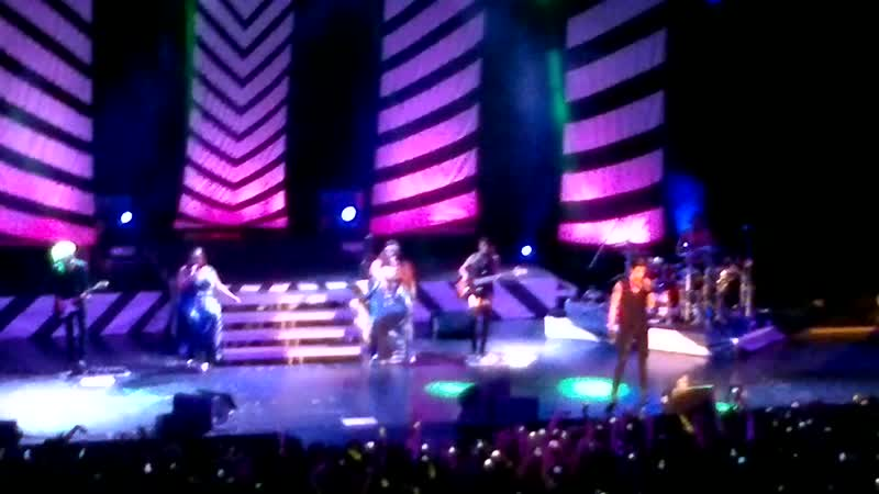 Adam Lambert - Chokehold (Moscow 16.03.2013)