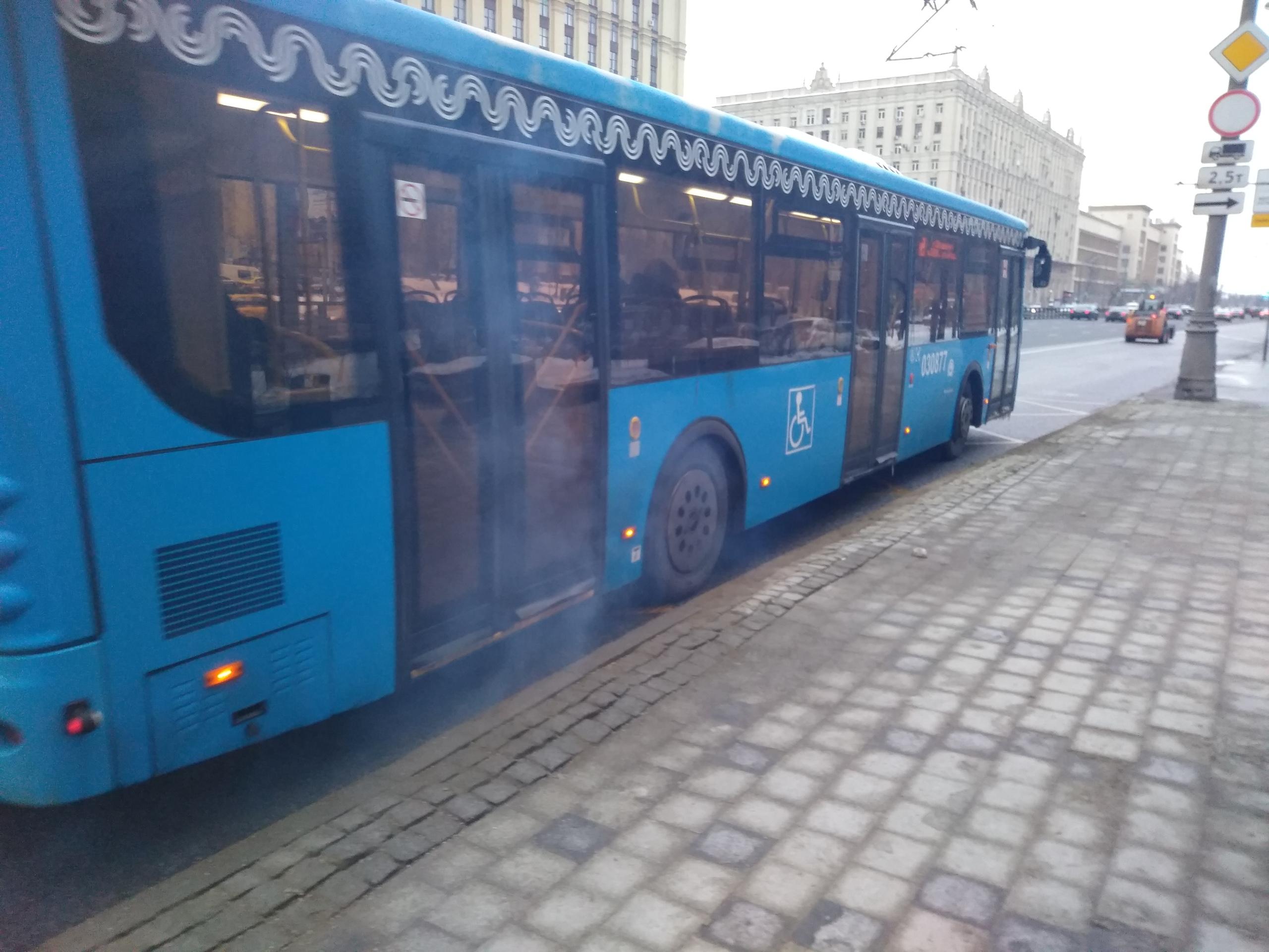 Департамент транспорта травит москвичей солярой?