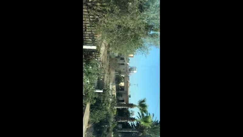 Простая кипрская деревня