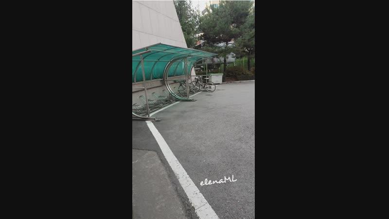 PhotoGrid_1544707486022.mp4 Тэджон. 01.12.18 перед мюзиклом Военная Школа Шинхын.ждем Чан Ука