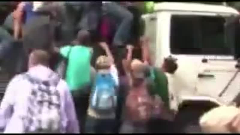 Serious question. Why are Jewish groups using their trucks to transport invaders to our border_ _Bec