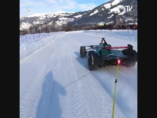 F1 VS SKI POV
