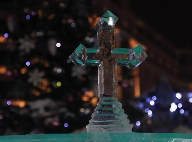 Крещенские купания в Москве. Подождите загрузки картинки!
