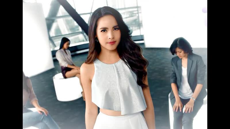 Урассая Спербунд в рекламе Laurier My Brand