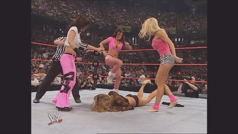 Torrie Wilson, Candice, Maria Kanellis, Ashley Victoria Segment: Raw, Jan. 2, 2006