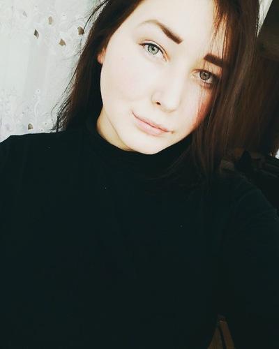 Лера Сизова