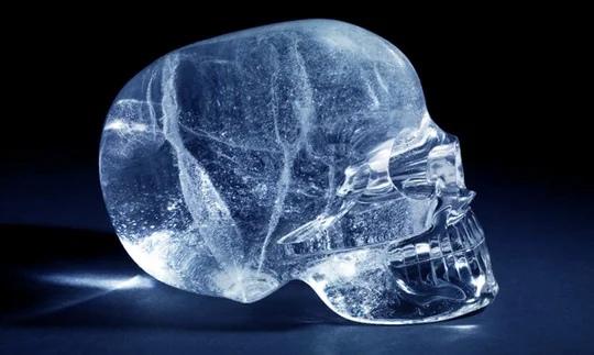 Сколько лет хрустальным черепам