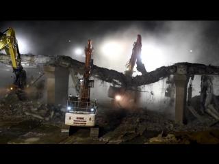 За 2 дня демонтировали старый автодорожный мост Grafham Road над трассой А1. Модернизация  трассы А14 Кембридж - Хантингдон