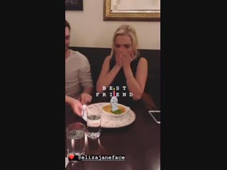 VIDEO Eliza celebrating her birthday with friends via ninadefilla IG story. the100
