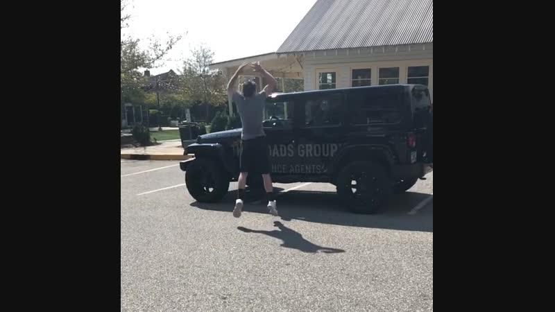 Запрыгивание на Хамер с разбега