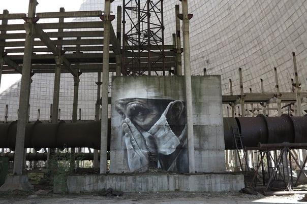 Гигантские портреты уличного художника Гвидо Ван Хелтена