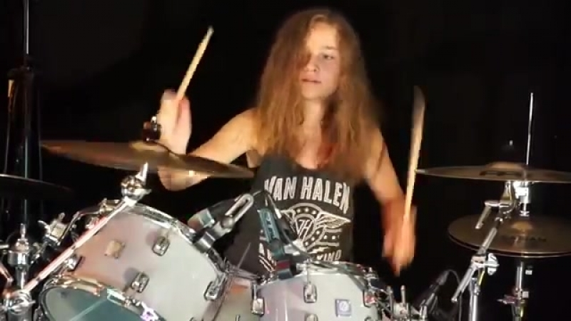 Wipe Out (The Surfaris); drum cover by Sina