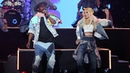 Performs 'Boys and Girls' with Pia Mia
