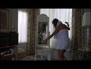 Striptease: Demi moore bailando en el apartamento