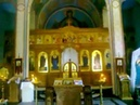 Altar' v cerkvi 240