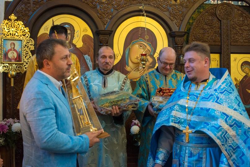 Престольный праздник отметили в Храме Покрова Пресвятой Богородицы в Симеизе