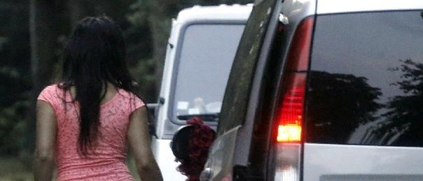 Секс, подростки и АТО: Девочки идут на проституцию, чтобы выжить