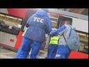 Работники МЦК перевозят сотни килограммов реагентов на ласточке в час пик. На тележке Metro .