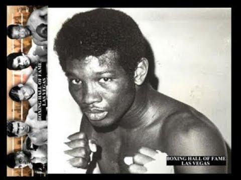 Rodrigo Valdes Beats Bennie Briscoe – Vacant Crown – November 5, 1977