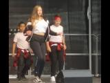 Праздник города в Зигене . Выступает наша Джули . Современные танцы в стиле хип - хоп, джаз- модерн, джаз - фанк ...