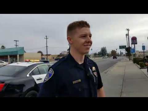 2 Bakersfield police officers get in my face and try to bully me PART 1 (1st amendment)