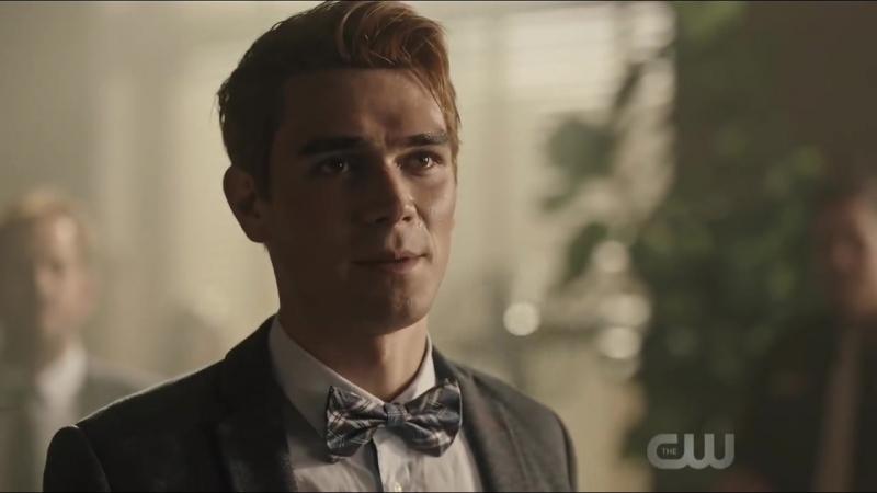 Archie confesses as guilty 💔 (Riverdale _3x01)