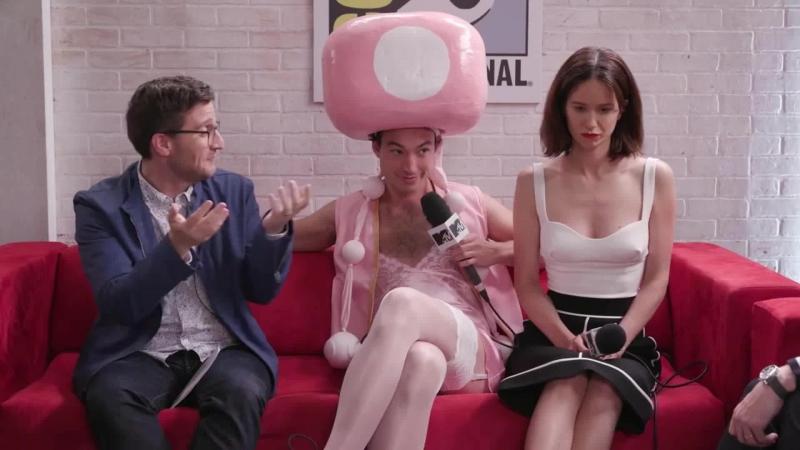 Интервью команды «Фантастических тварей» для канала «MTV» в рамках «Комик-Кона» (rus sub)