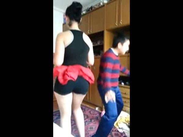 Türk liseli kal a dansı
