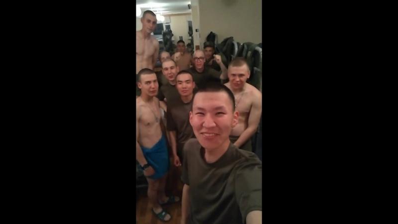 Последняя ночь в казарме