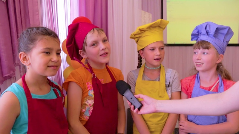 Сотрудники ТЦ «Муравей» подарили праздник воспитанникам социального центра «Солнышко»
