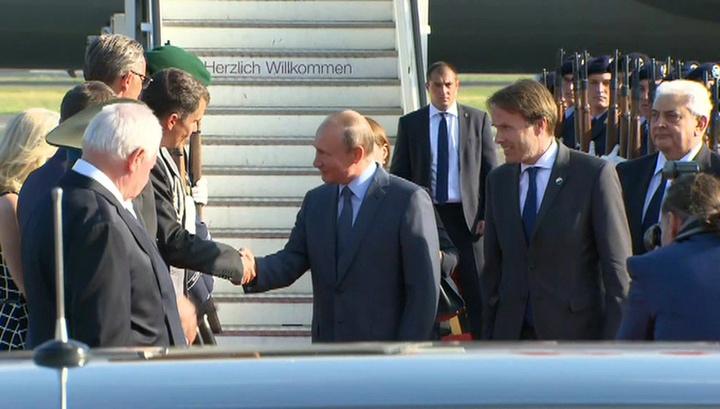 Вести.Ru: Путин прилетел на переговоры к Меркель