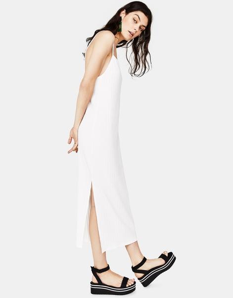 Длинное платье из рифленой ткани