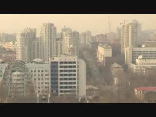 Трава загорелась в феврале: Хабаровск заволокло дымом