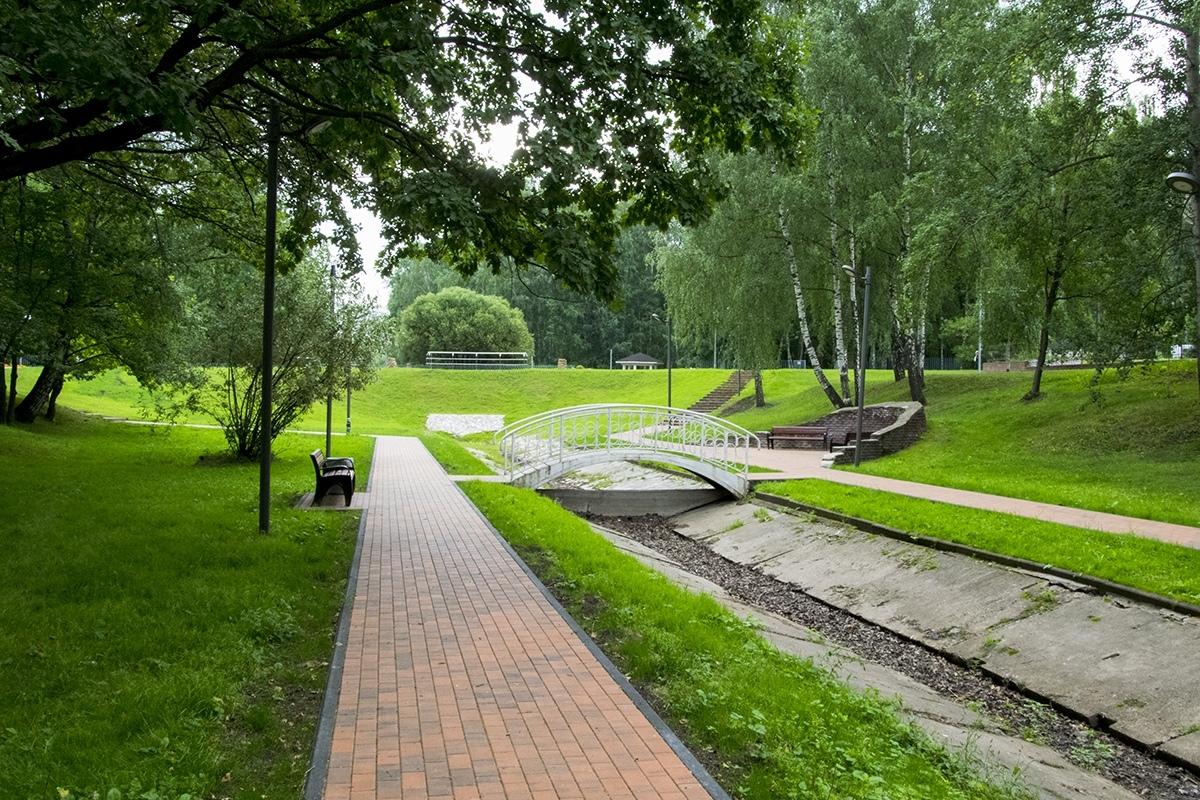 В долине Лианозовского парка реконструировали дорожки