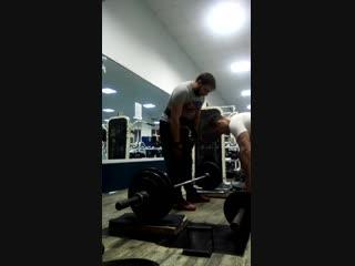 я и мой друг дима на учит как поднять 125 кг