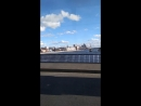 Заезжает на Кантемировский мост