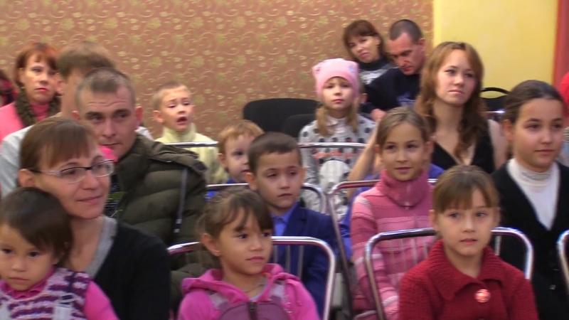В Болгаре прошла встреча ко Дню Матери с семьями, опекаемыми храмом