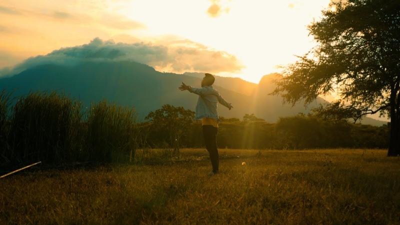 TERSIMPAN DI HATI - Eka Gustiwana (ft. Prince Husein Sara Fajira) | Official Music Video
