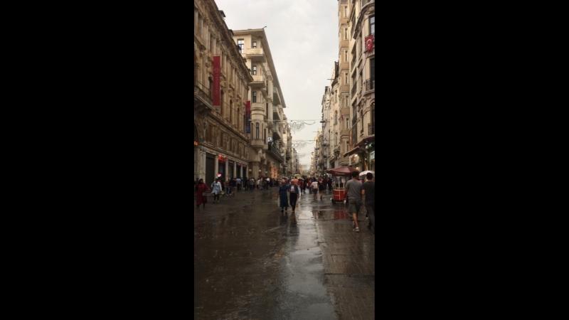 Стамбул Мы выжили после урагана с градом
