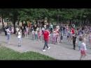 Акробатический рок-н-ролл: танцуем в парке