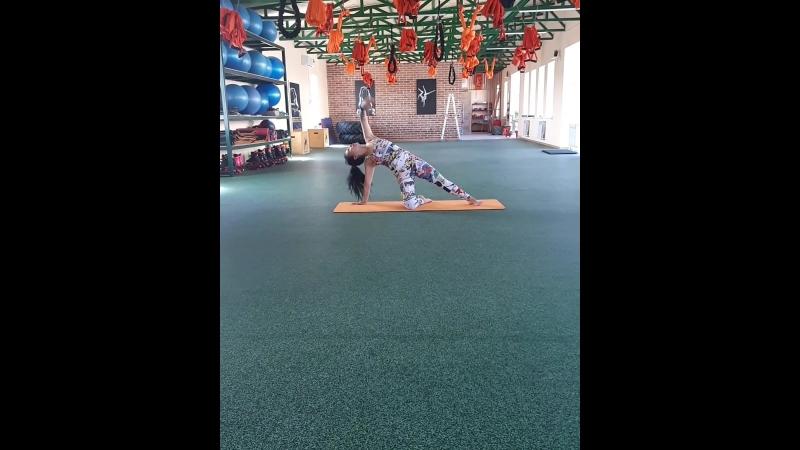 йога с Гиляной Долгиной