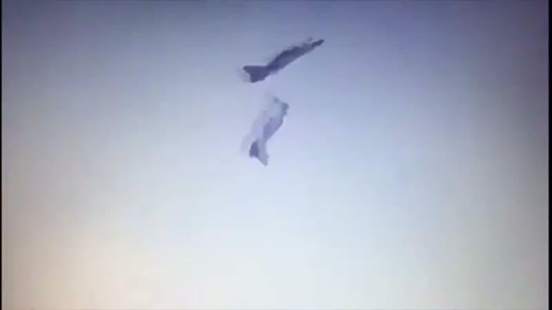 Столкновение пилотажной группы в Индии.