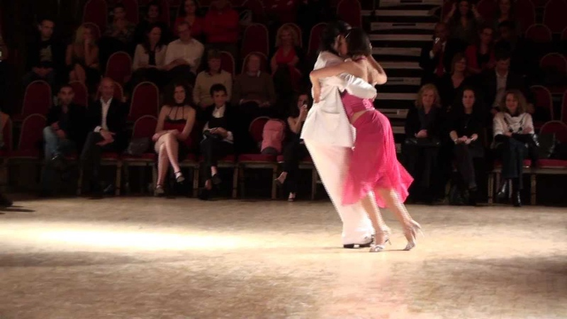 Gustavo Rosas y Gisela Natoli.Milonga Reliquias Porteñas. London Tango Festival..mpg