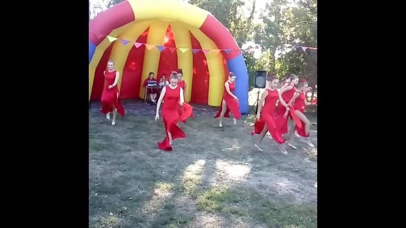 Танцевальный коллектив Дейвиса. ДК Ситне-Щелканово.