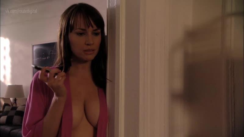 julie-ann-emery-sexy-nude-down-under-fucking